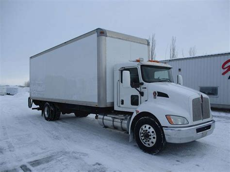 kenworth box truck 2010 kenworth t370 box truck dry van for sale 243 000