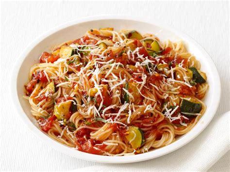 pasta capellini capellini with spicy zucchini tomato sauce recipe food