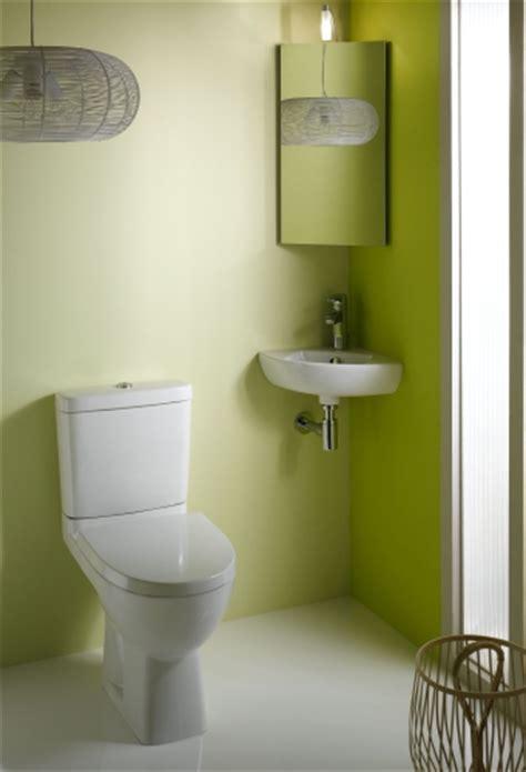 kleine ecke waschbecken für kleine badezimmer platzsparendes eckwaschbecken f 252 r das badezimmer