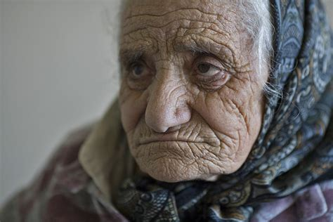 images of 64yr old wrinkly women wrinkles