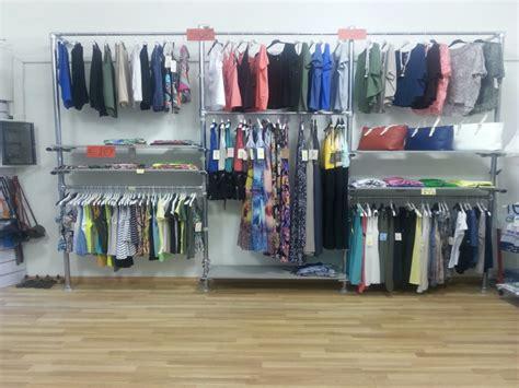 arredamenti negozi abbigliamento usati arredamento negozio abbigliamento