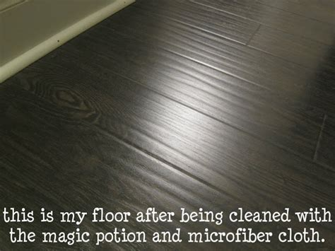 white vinegar on microfiber laminate cleaner 1 3 cup of water 1 3 cup of white