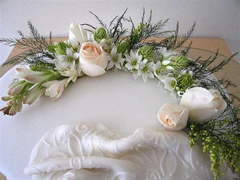 arreglos de flores naturales para bautizo con vela arreglos de flores naturales para bautizo con