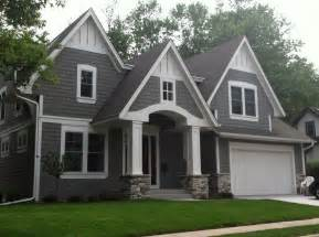 houses with grey siding 25 best ideas about gray siding on pinterest grey siding house exterior colors and