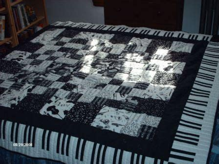 quilt pattern music notes piano key quilt quilts music pinterest