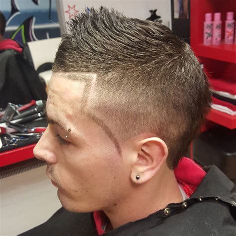 haircut designs with lines line up and fade haircut hairs picture gallery