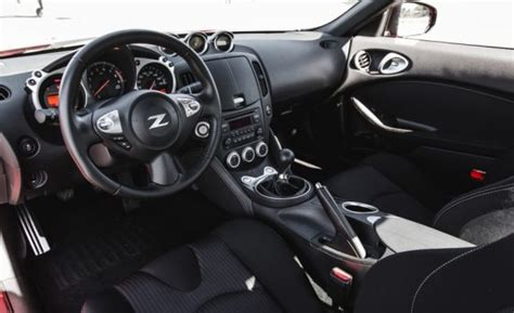 2017 nissan 370z interior 2017 nissan 370z 10668 cars performance reviews and
