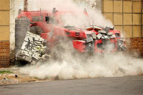 paramount marauder vs top gear season 17 episode 1 starts with a blast forget