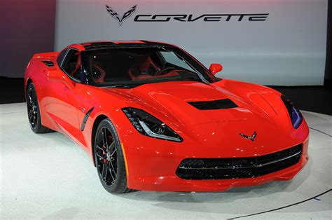 pictures of 2014 corvette 2014 chevrolet corvette stingray detroit 2013 photo