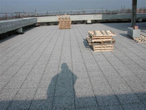 pavimenti galleggianti per terrazzi pavimento galleggiante installazione e posa