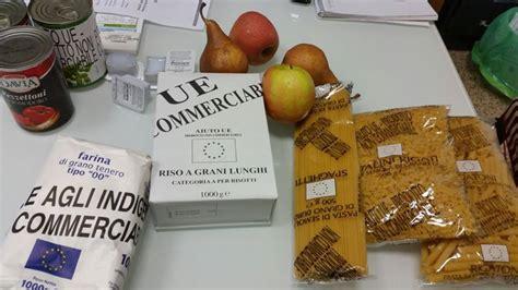 pacco alimentare pacchi alimentari per famiglie a basso reddito parte la