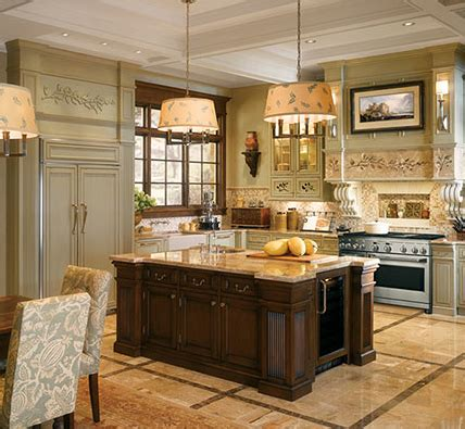 english country kitchen cabinets a bentwood english country kitchen kitchen designs by