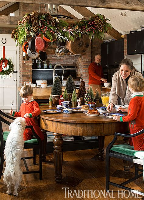 traditional christmas decorations home reviews christmas in a new england clapboard traditional home