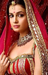 Traditional Saree Draping Styles Cheating Among Indian Women