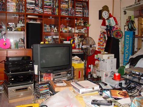 cluttered house the most common interior designing mistakes home designs
