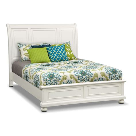 white bed queen hanover white queen panel bed value city furniture