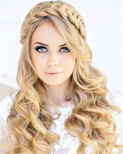 trendy hairstyles  slim   face popular