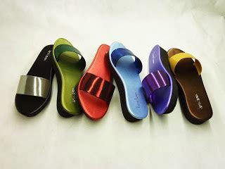 New Arrival Sandal Wedges Wanita Karet Sdw217 Sandal Wanita striapie flip flop distributor sandal isrin isran dan okada