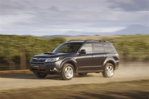 Toyota Subaru Forester Subaru Forester Vs Toyota Rav4 Vs Nissan X Trail Photos