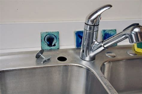 How To Choose Faucet Hole Cover For Your Kitchen Sink
