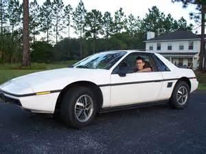 Pontiac Fiero Se 1984 Pontiac Fiero Pictures Cargurus