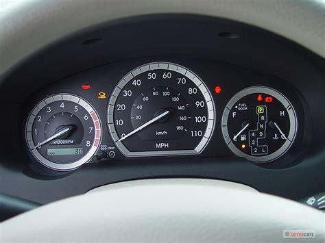 automotive service manuals 1998 toyota celica instrument cluster image 2004 toyota sienna 5dr ce fwd 8 passenger natl instrument cluster size 640 x 480