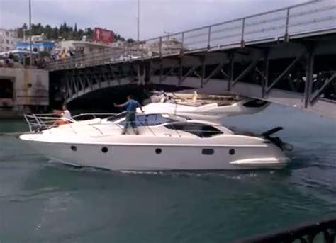 yacht hits boat boat fail boat hits bridge motor boat yachting