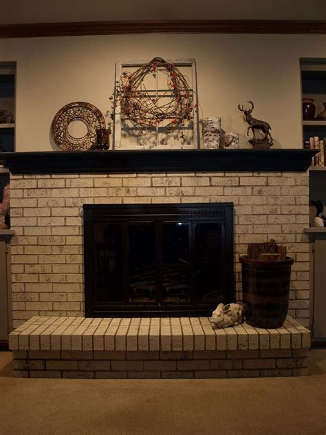 Cement Brick Fireplace by Painting A Brick Fireplace With Chalk Paint 174 Hometalk