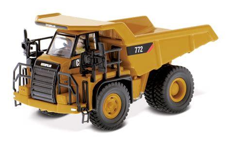 Hotwheels Starwars Series Number 58 Enforcer diecast masters cat 772 highway dump truck 1 87