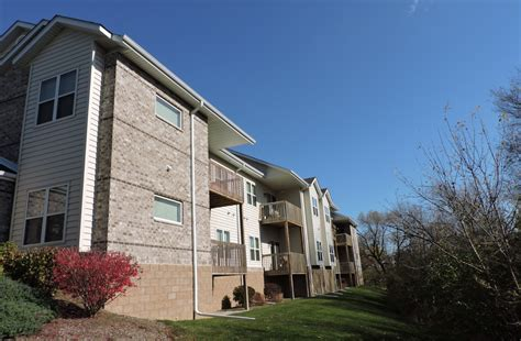 photos and of stonegate apartments i in new berlin wi
