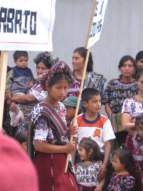 los mayas ixiles de guatemala viajes a nebaj chajul y cotzal edition books ixil etnia la enciclopedia libre