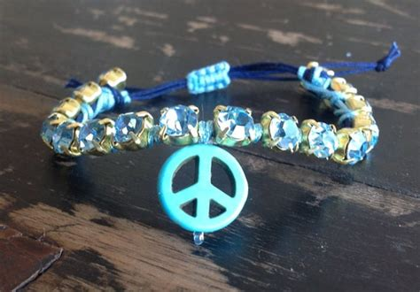 Trend Alert Give Peace A Chance by 28 Best Bead Pictures Images On Bead Jewelry