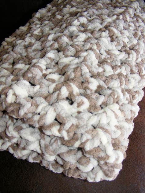 crochet pattern using bernat blanket yarn crochet baby blanket pattern using bernat baby blanket