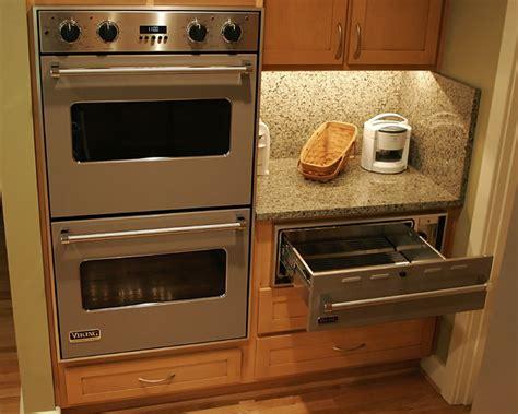 Granite & Glass Countertop   Contemporary   Kitchen
