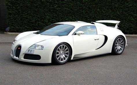 bugatti eyron raimu awas kesikot bugatti veyron white