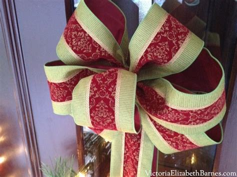 how to make large bows for christmas trees our front porch decorated for a diy bow