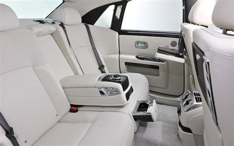 rolls royce ghost rear interior rolls royce 2013 ghost to commemorate one thousand
