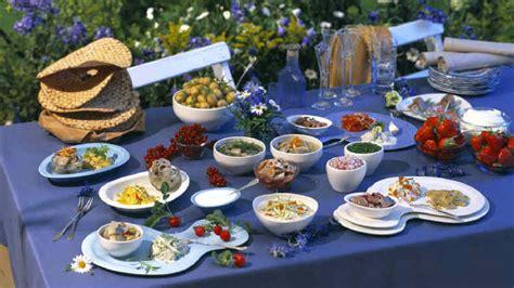 wann ist mittsommer mittsommer feiern in schweden das mittsommerfest