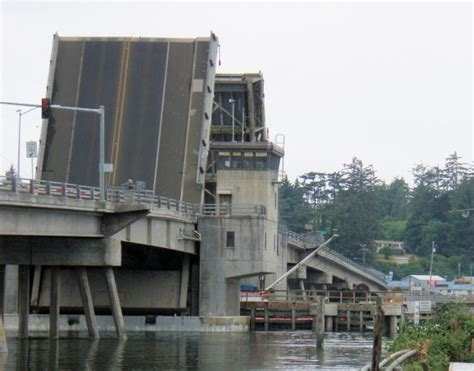 boat basin plaza charleston oregon south slough bridge charleston or moving bridges on
