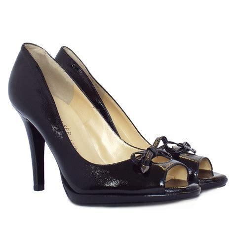 black peep toe high heels kaiser cinua peep toe high heels in black patent