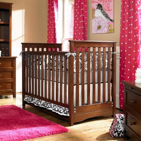 Peyton Classic Crib by 17 Best Images About Cribs On Mothers