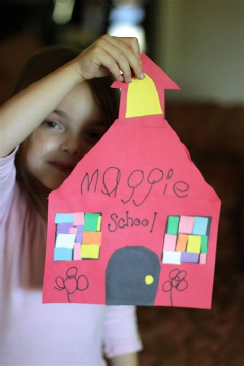 crafts for school 1000 ideas about community helpers on