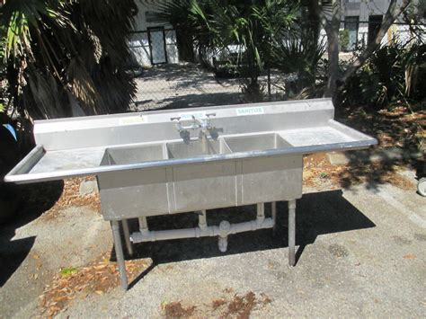 3 bay stainless steel sink stainless steel 3 bay wash rinse sink 84 quot wide 35 quot counter