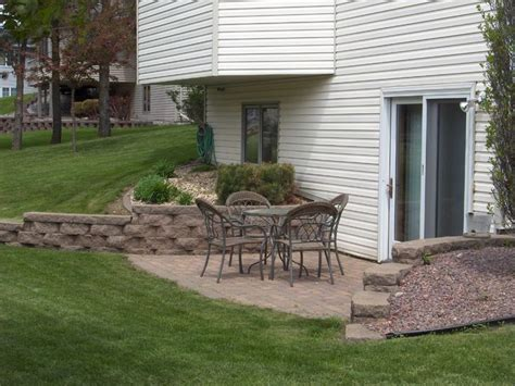 walkout basement backyard ideas walkout basement landscaping google search backyard