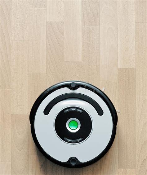 robot da pavimento i robot fotografia stock immagine di hoover pulito