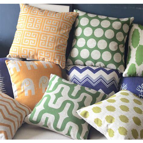 cuscini divano ikea cuscini per divani tante idee per cambiare aspetto al