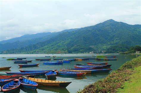 Perahu Dayung Perahu Mini Danau Perahu gambar pemandangan laut pantai dermaga perahu danau mendayung refleksi kendaraan