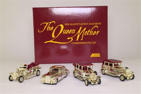 plated rolls royce lledo qm1004 queen mother 4 pce set gold plated rolls