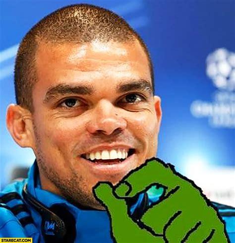 pepe footballer frog meme starecat com