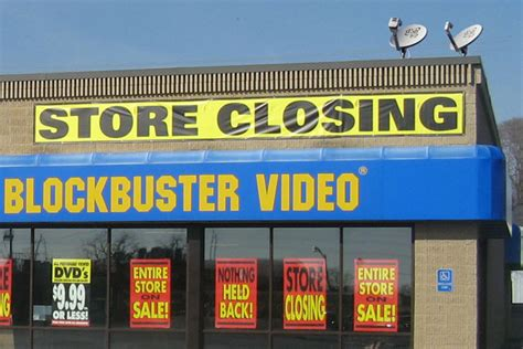 blockbuster shutting all remaining physical